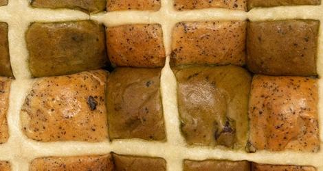 Japanese hot cross buns 470x250