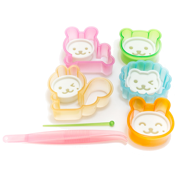 5007 animal shaped cutters open