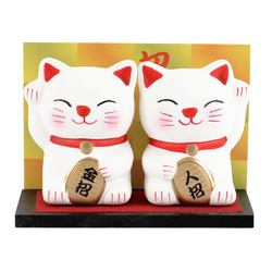 12489 ceramic lucky cat figurine white