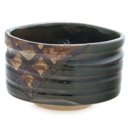 13941 ceramic matcha bowl  dark green  diamond