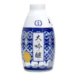14035 gekkeikan daiginjo sake with ochoko cup