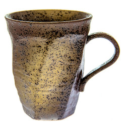 14365 ceramic mug   brown and yellow  speckled pattern