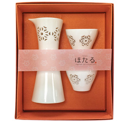14367  ceramic sake set   white  transluscent star  boxed