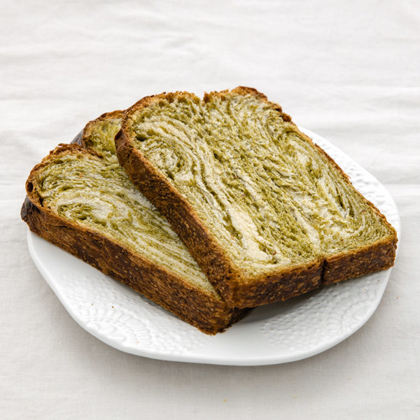 3557 jan centre matcha shoku pan loaf sliced