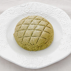 3532 japan centre matcha green tea melon pan