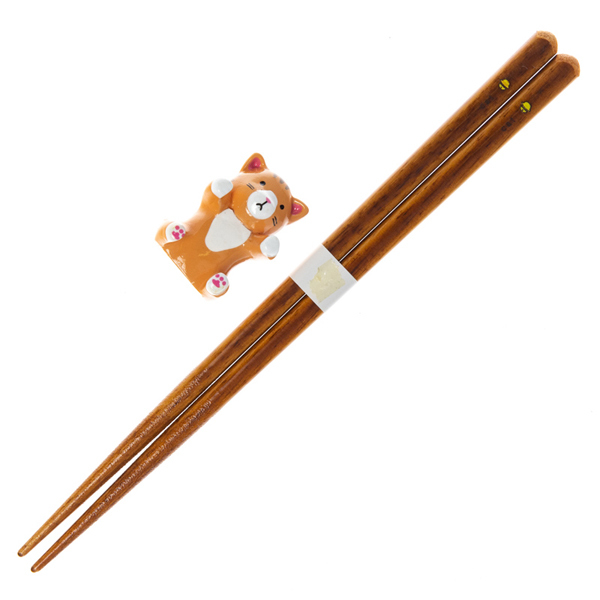 14683 wooden chopsticks with cat shaped rest