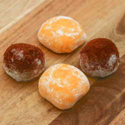 15082  japan centre mixed assortment mochi   mango   chocolate