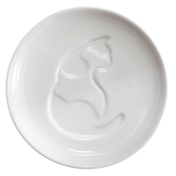 14634 artha ceramic soy sauce dish   cat pattern  sitting