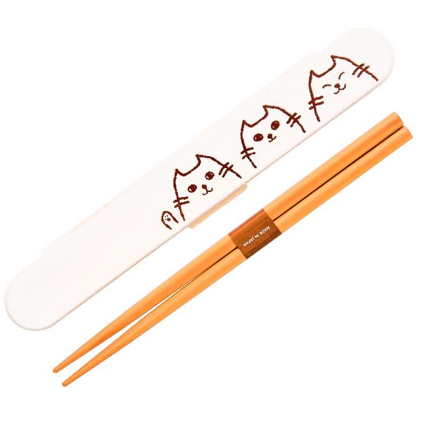 15489  hakoya chopsticks with case   white  3 cats pattern