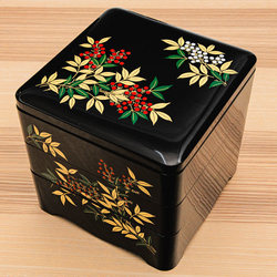 15503  three tier bento lunch box for serving   black  white and red  nandina pattern   angled view