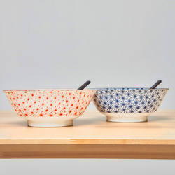 15659  yamata seiho ceramic his and her ramen bowl set with renge spoons   side view
