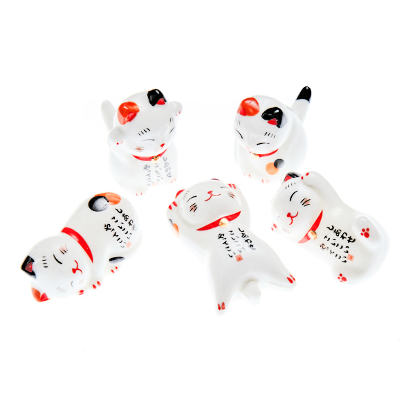 15663  yamata seiho ceramic chopstick rest set   lucky cats
