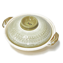 15829  ceramic shallow donabe cooking pot   olive and cream  small