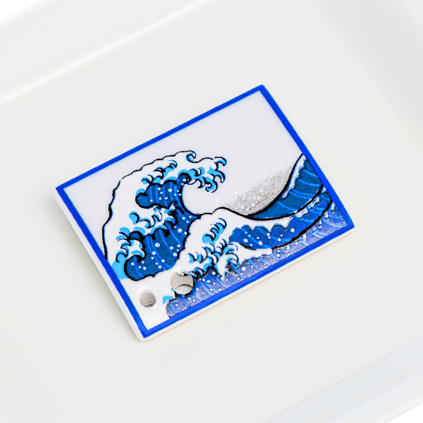 15778  shoyeido incense holder   hokusai's 'great wave off kanagawa'   on tray