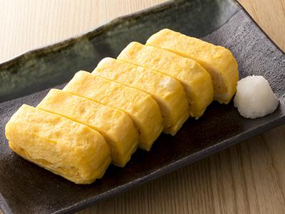 Tamagoyaki japanese omelette rolled