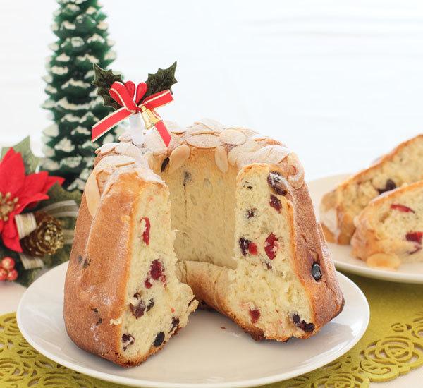 Christmas Gugelhupf Cake