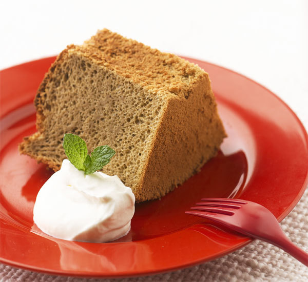 Hojicha Roasted Green Tea Chiffon Cake