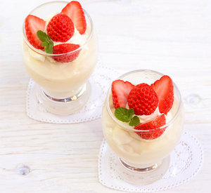 Strawberry bavarian cream