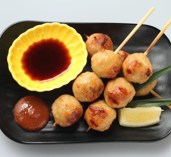 Brochettes de boulettes de viande tsukune