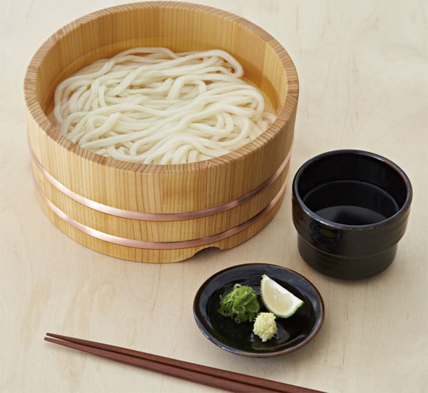 Kama Age Hot Broth Udon Noodles With Dipping Sauce