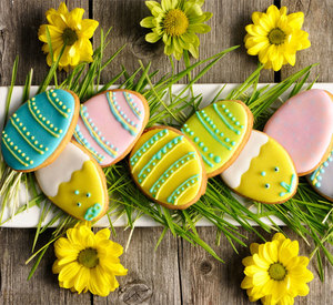 Easter egg shaped biscuits