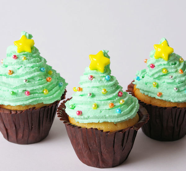 Christmas Yuzu Cupcakes with Matcha Frosting