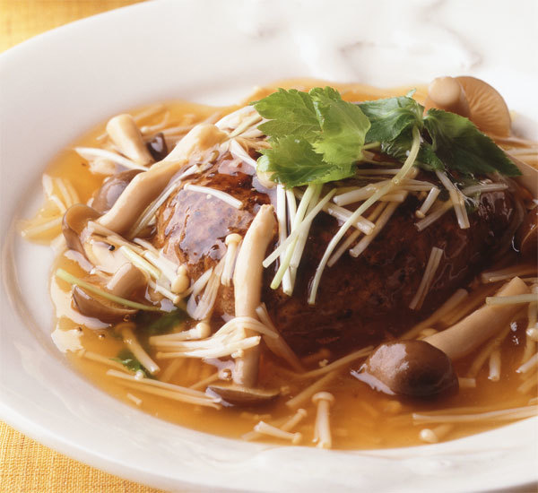 Simmered Mushroom Topped Hamburg Steak