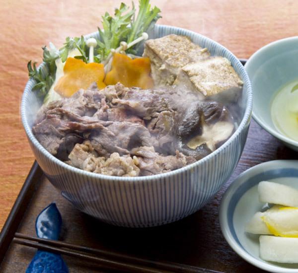 Donburi al manzo Sukiyaki
