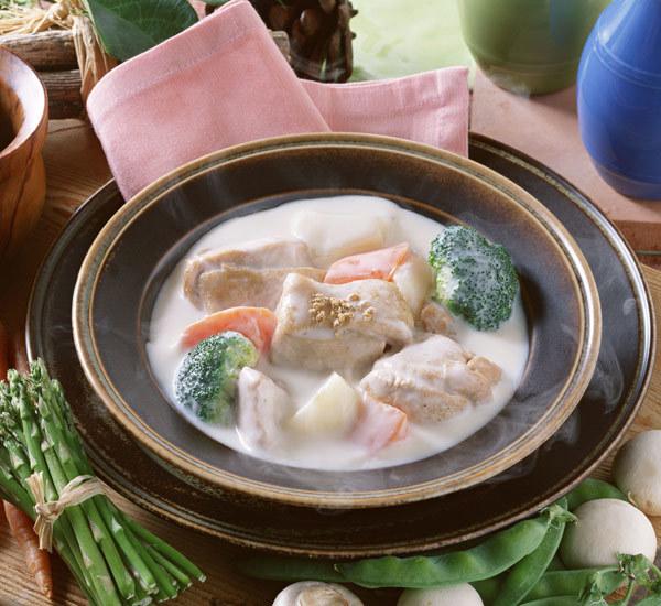 Soupe miso crémeuse au saumon