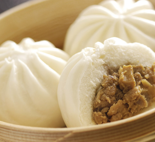 how to make steamed pork buns dough