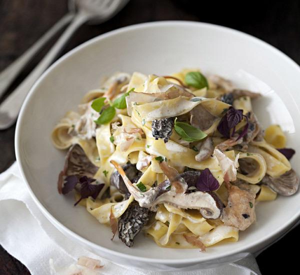 Mushroom And Cream Pasta with Dashi
