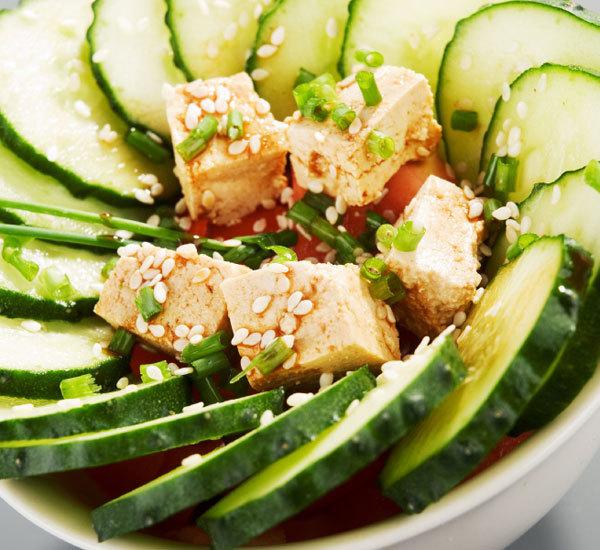 Tofu med stark yuzupeppar och sesam